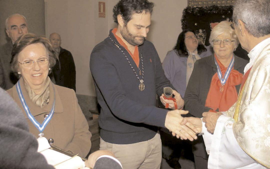 Entrega de Orlas a antiguos congregantes y homenaje a Eduardo Fernández